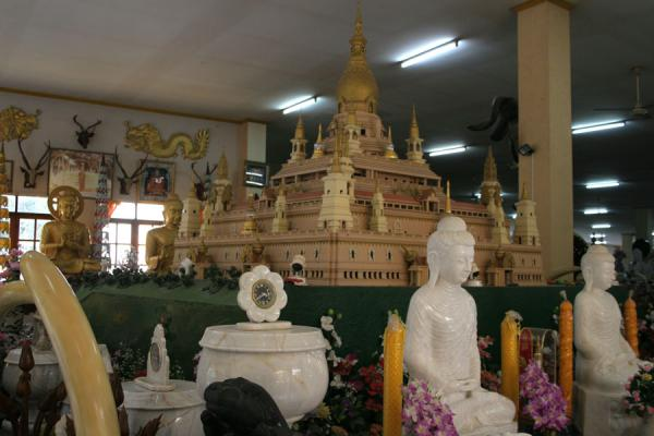 Picture of Wat Khao Sukim (Thailand): Main hall of Wat Khao Sukim full with presents and artefacts