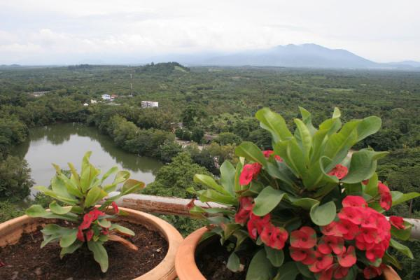 Picture of Wat Khao Sukim (Thailand): Wat Khao Sukim: fertile plains seen from the roof