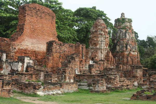 Picture of Wat Phra Mahathat (Thailand): Some of the remains of Wahathat temple
