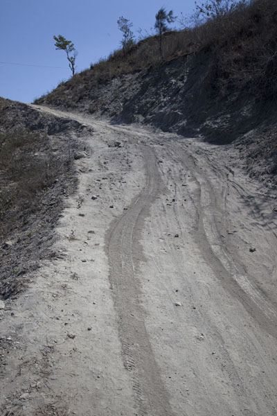 Picture of Road from Suai to Oeleu (Timor-Leste): Dusty part of the road between Suai and Oeleu