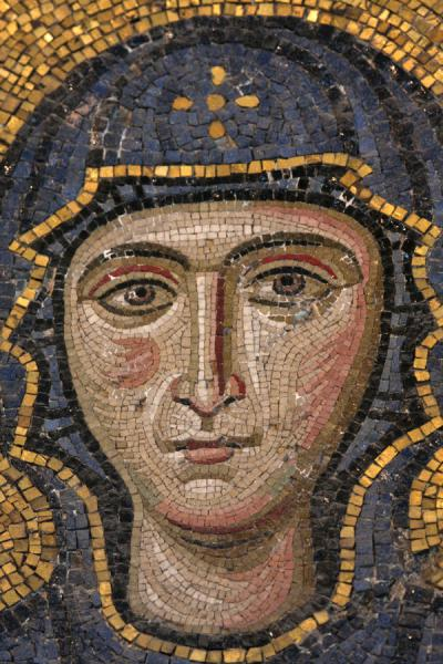 Foto van Close-up of the Comnenus mosaics with the face of Virgin MaryAya Sofia - Turkije