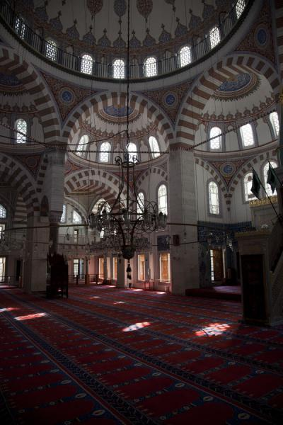Picture of The recently restored interior of 16th century Çinili Camii