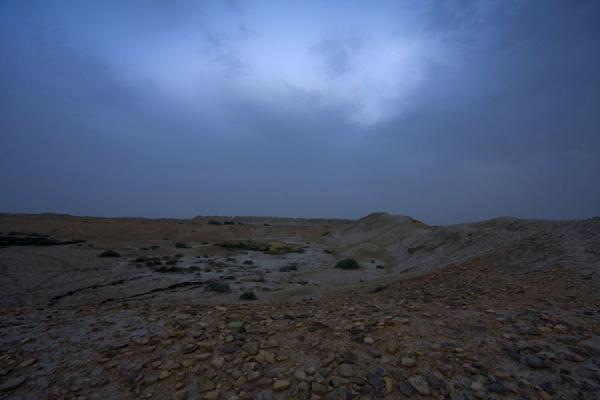 Picture of Dekhistan (Turkmenistan): Enormous space of the ruins of Dekhistan at dusk