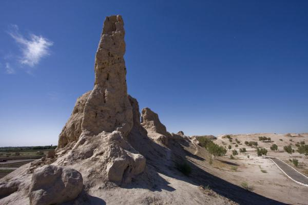 Foto di Tower and city wall of IzmukshirDashoguz - Turkmenistan