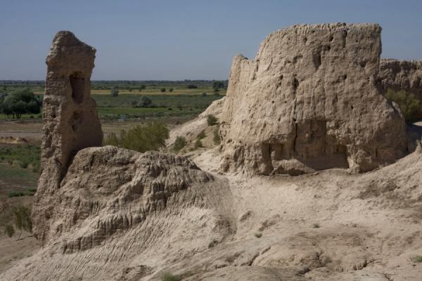 Foto di Part of the defensive wall of IzmukshirDashoguz - Turkmenistan