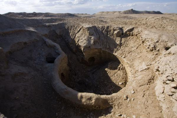 Picture of Merv (Turkmenistan): Cistern at what was once Beni Makhan mosque