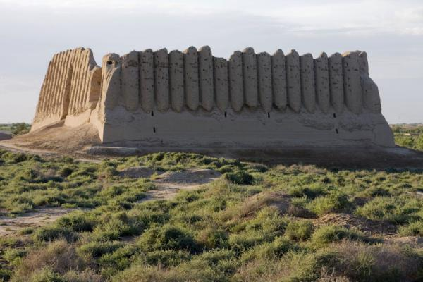 Picture of Merv (Turkmenistan): Corrugated walls of the Greater Kyz Kala