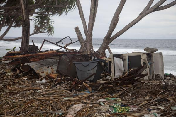 Foto van Used TV screens dumped under trees at the northern coast of FongafaleFongafale - Tuvalu