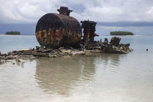 Wreck of a submarine just off Telele islet | Isola di Funafala | Tuvalu