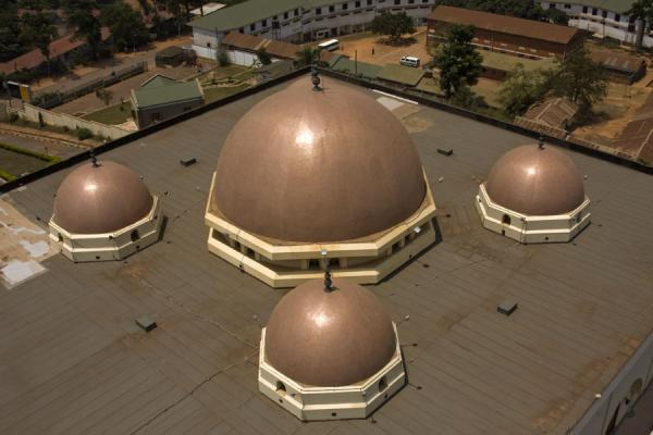 Picture of Gadhafi National Mosque (Uganda): The main cupolas of the main prayer hall seen from the minaret