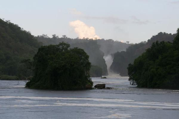 Landscape of Murchison Falls with river Nile, islands, and the falls in background | Murchison Falls | Uganda