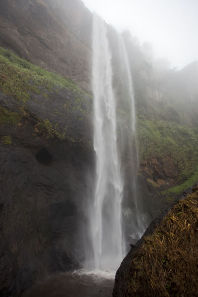 Looking up the first waterfall of Sipi | Sipi Falls | Uganda