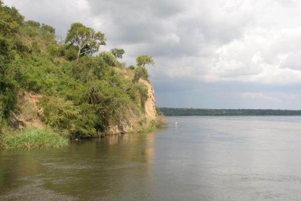 Foto van Cliffs on the banks of the Victoria Nile - Oeganda - Afrika