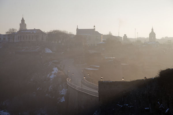 Foto van Early morning view of the old town of Kamyanets-Podilsky from the fortressKamyanets-Podilsky - Oekraïne