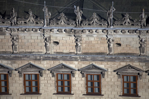 Close-up of the top of King John III Sobieski Palace | Ploshcha Rynok | Ukraine