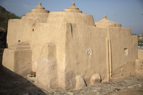 Foto van The mosque of Al-Bidya in the late afternoon sunBidya - Verenigde Arabische Emiraten