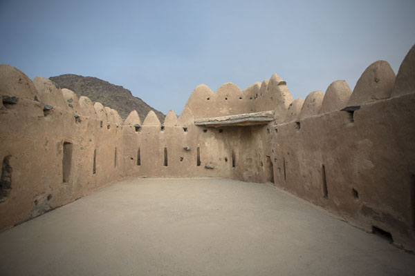 The top floor of the defensive tower of Al-Hayl Fort | Fortezza di Al-Hayl | Emirati Arabi Uniti