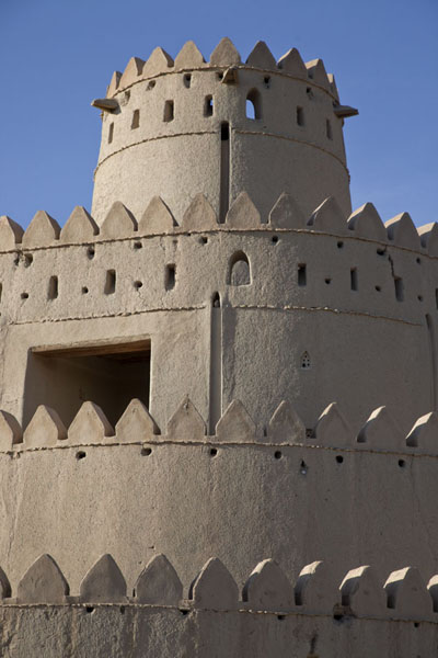 Picture of Al Jahili fort (United Arab Emirates): Four levels of the round tower of the Al Jahili fort