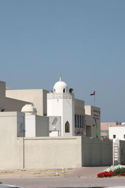 Picture of Dubai mosques (United Arab Emirates): Small mosque in the Za'abeel area of Dubai
