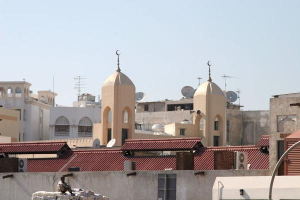 Picture of Dubai mosques (United Arab Emirates): Deira: minarets and satellite dishes