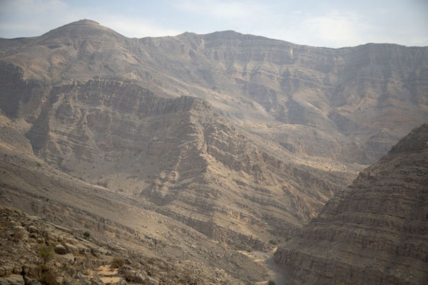 Jebel Jais with layered rocks | Jebel Jais | 阿拉伯联合大公国