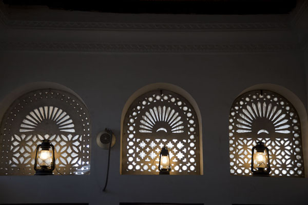 Picture of Sheikh Saeed al-Maktoum House (United Arab Emirates): Interior view of the majlis, or guest room, on top of the house