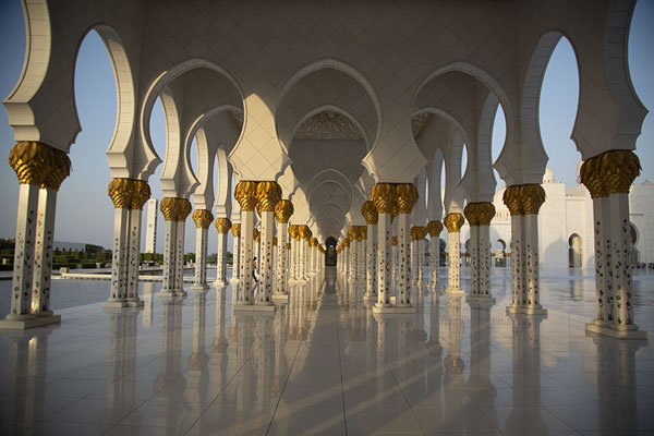 Gallery on the west side of the Grand Mosque in the late afternoon | Sheikh Zayed Grand Mosque | United Arab Emirates