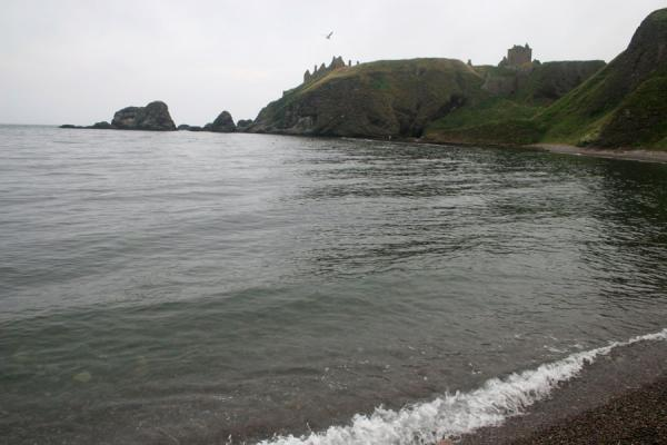 Picture of View on Dunnottar Castle from the beach at the northern side