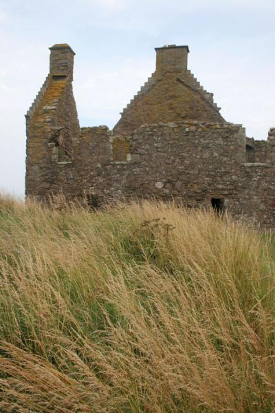 Ruins of houses at Dunnottar Castle | Dunnottar Castle | United Kingdom