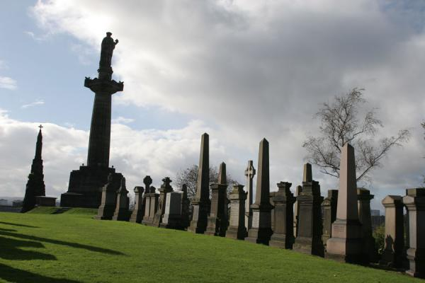 Photo de Tombs at Glasgow NecropolisGlasgow - le Royaume-Uni