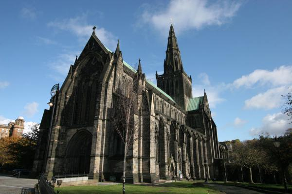 Foto van Glasgow Cathedral seen from the western Cathedral squareGlasgow - Verenigd Koninkrijk