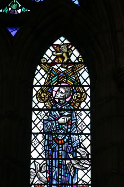 Foto van Detail of stained glass window at Glasgow CathedralGlasgow - Verenigd Koninkrijk