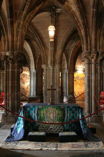 Picture of Crypt of Glasgow Cathedral with tomb of Saint Mungo