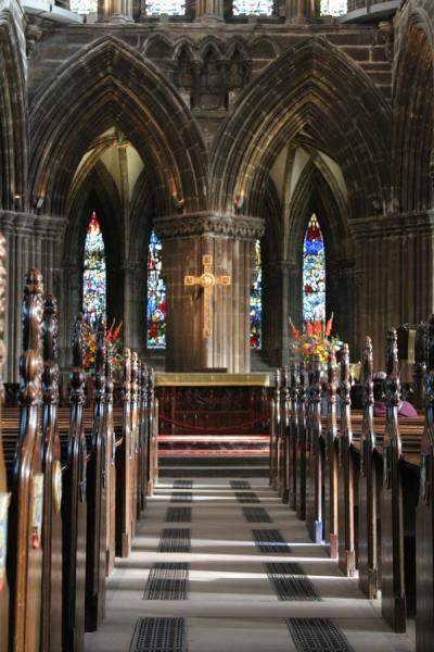 Foto de Aisle in choir of Glasgow CathedralGlasgow - Reino Unido
