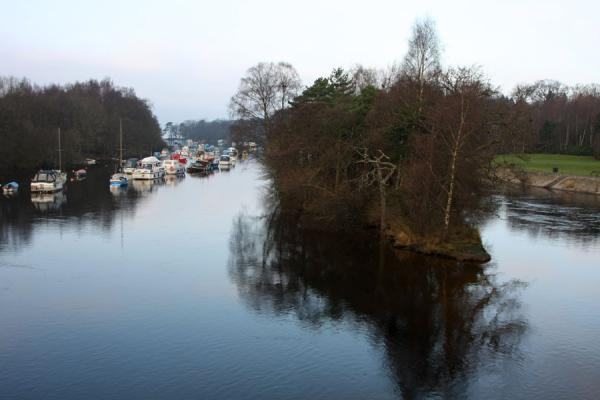 Photo de River Leven running down from Loch LomondBalloch - le Royaume-Uni