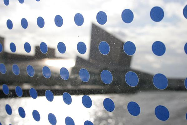 Picture of Salford Quays (United Kingdom): Imperial War Museum North seen through the blue dots of the footbridge