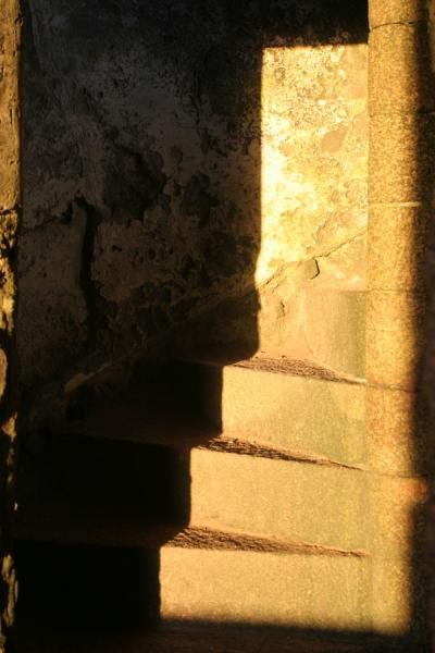 Stairs leading up the main tower of Slains Castle | Castello di Slains | Regno Unito