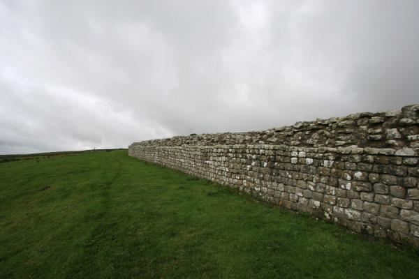 Wall of Vercovicium fort | Vercovicium Roman Fort | United Kingdom
