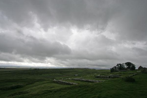 Picture of Overview of the ruins of Vercovicium with a farmHousesteads - United Kingdom