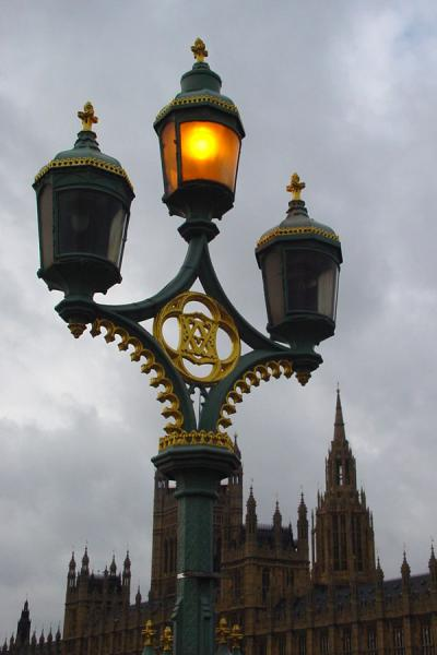 Lantern on Wesminster Bridge | Westminster | United Kingdom