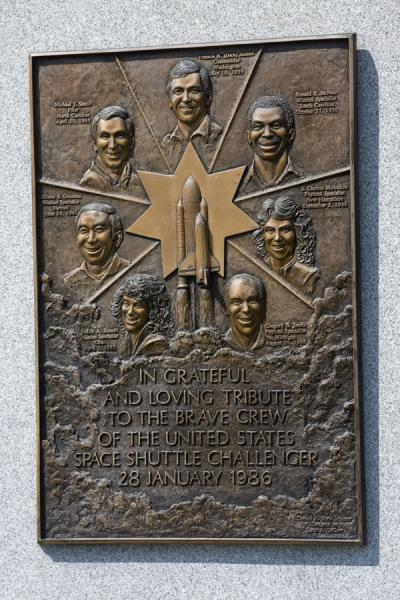 The crew members of Space Shuttle Challenger commemorated at Arlington | Cementerio Nacional de Arlington | Estados Unidos