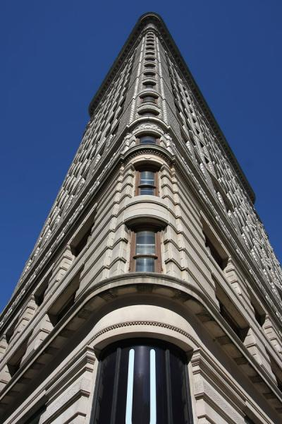 Remarkably shaped Flatiron Building seen from below | Flatiron Building | U.S.A.