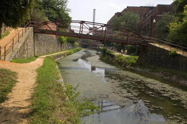 Picture of Tow path and footbridge on the Chesapeake & Ohio Canal
