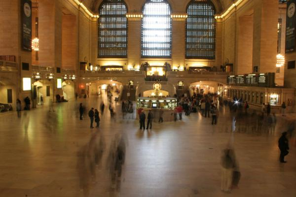 Photo de les Etats-Unis (Grand Central Terminal: people rushing through the main hall)