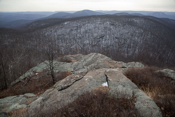 Looking towards the Hudson from a rock formation on Breakneck Ridge | Hudson Highlands | U.S.A.