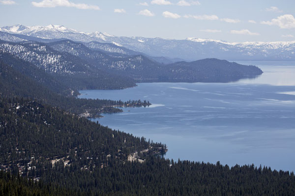 Foto van Panoramic view of the east side of Lake TahoeLake Tahoe - Verenigde Staten
