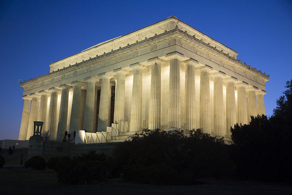 Picture of Lincoln Memorial (United States): Sunset behind Lincoln Memorial