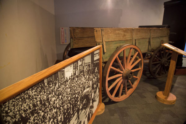 Picture of Carriage used for the funeral of Martin Luther King