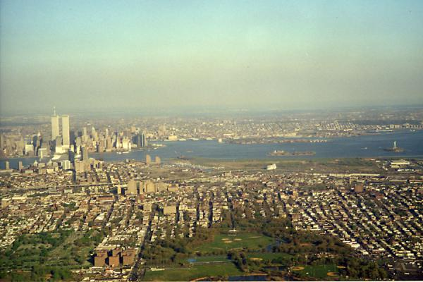 Picture of Manhattan skyline with the Twin Towers seen from the sky