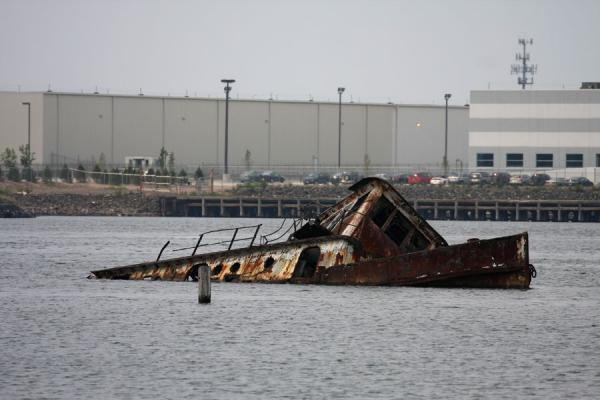 Picture of Rossville Boatyard (United States): Capsized wreck of a ship off the Staten Island coast